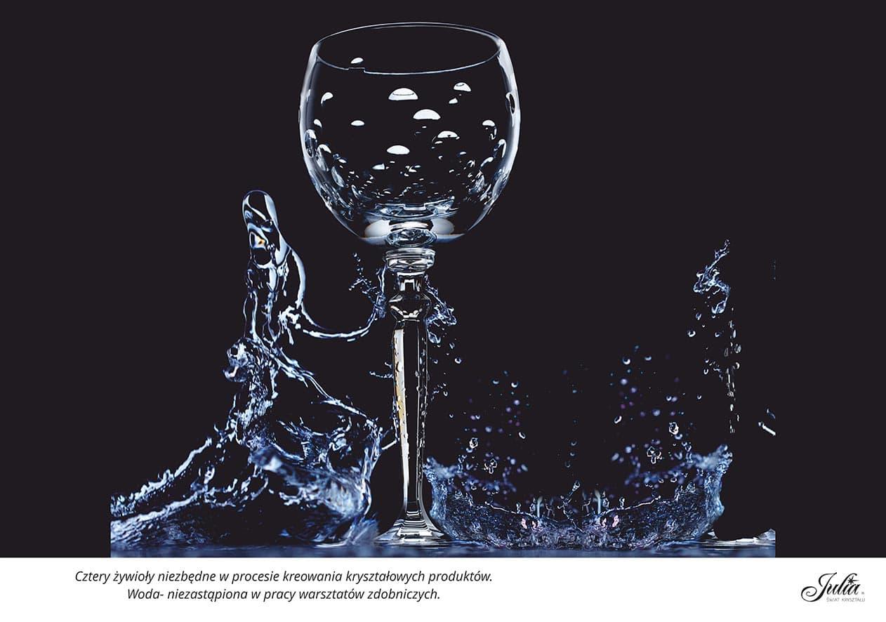 Cztery żywioły niezbędne w procesie kreowania kryształowych produktów. Woda – niezastąpiona w pracy warsztatów zdobniczych