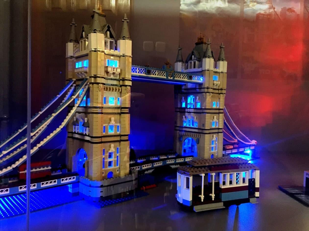 Brick City - London Bridge SunSeasons24