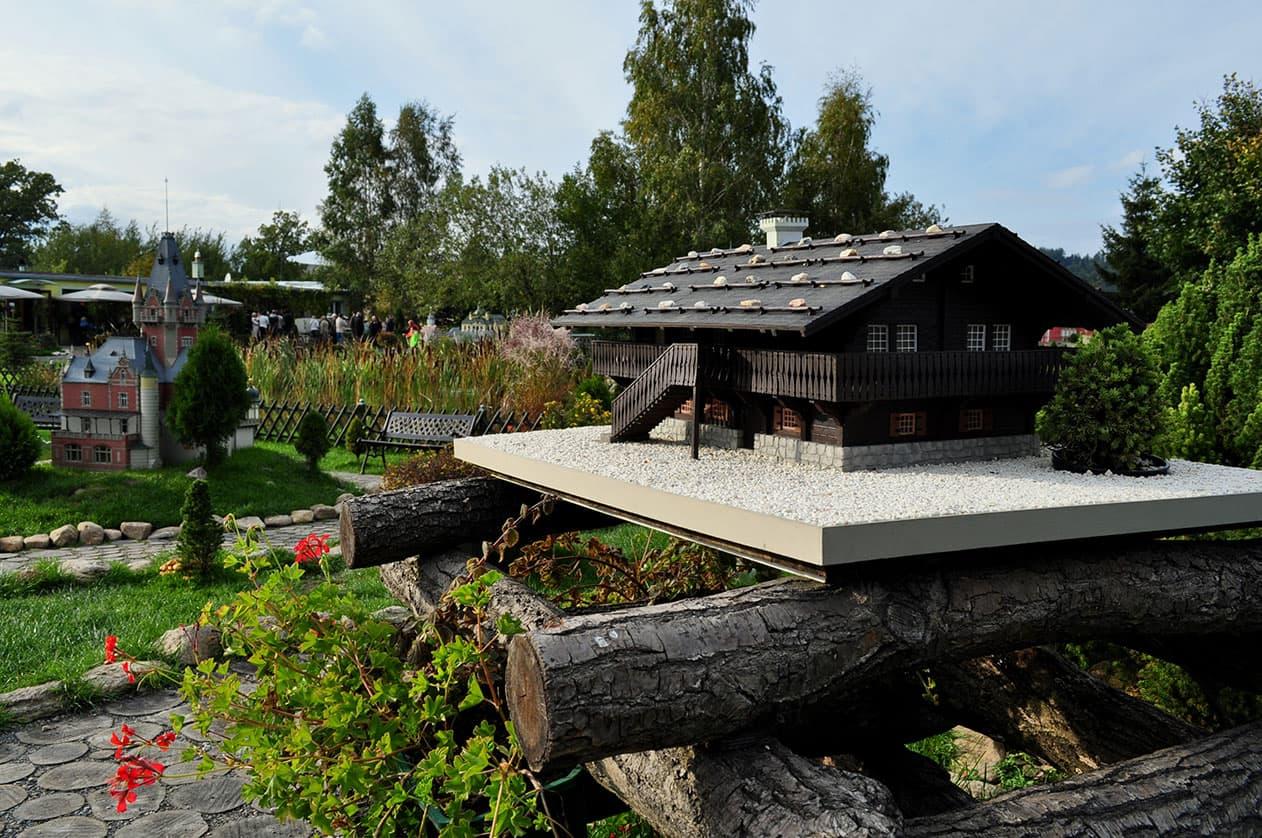 Park Miniatur - Schronisko Szwajcarka. SunSeasons24