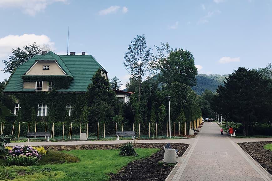 Park w Ustroniu. Zdjęcie Sara. Blog SunSeasons24