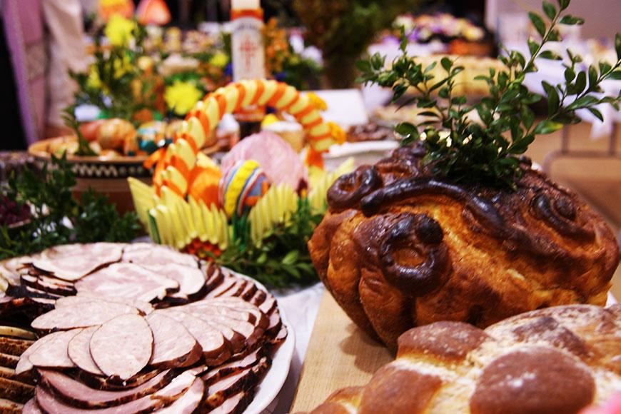 Stół obfitości zdjęcie Barbara Jakimowicz-Klein blog SunSeasons24