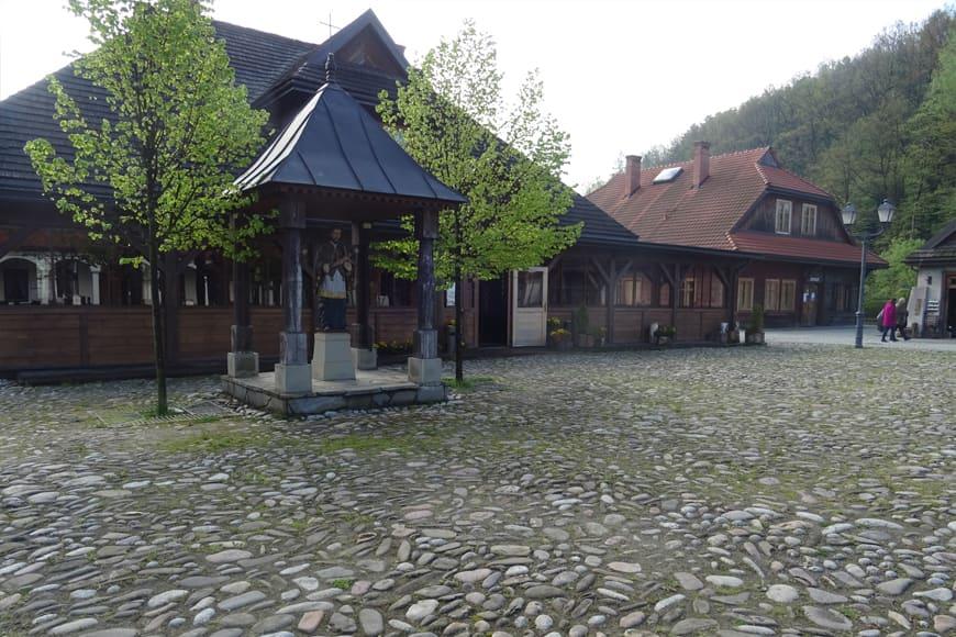 Ryneczek w Miasteczku Galicyjskim zdjęcie Barbara Jakimowicz-Klein blog SunSeasons24