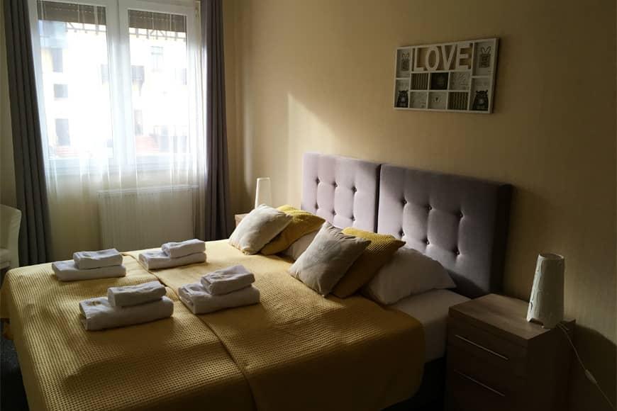 Apartamenty Karpacz Centrum sypialnia. Zdjęcie Zbigniew Pasieka. Blog SunSeasons24