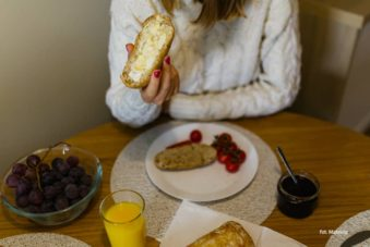 Śniadanie w Apartamencie My Time. Zdjęcie Mateusz. Blog SunSeasons24