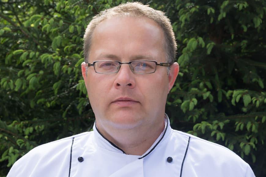 Szef kuchni Dworku Galosa: Krzysztof Gierlach. Zdjęcie Wiesław Jurewicz. Blog SunSeasons24